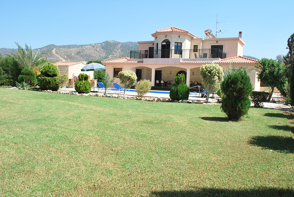C.S.Villas of 2 to 14 bedrooms with private pools - Cyprus Holiday Rentals