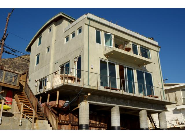 Beachfront Modern Malibu Home on Secluded Beach - Malibu Vacation Rentals