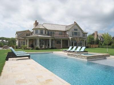 Ultimate Villa with 10 bedrooms - South Hampton Vacation Rentals