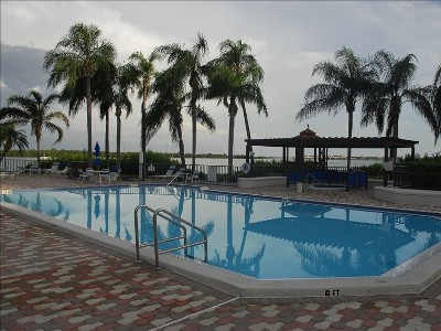 Fantastic 2BR/2BR Lake Shore Villa - Isla Del Sol Vacation Rentals
