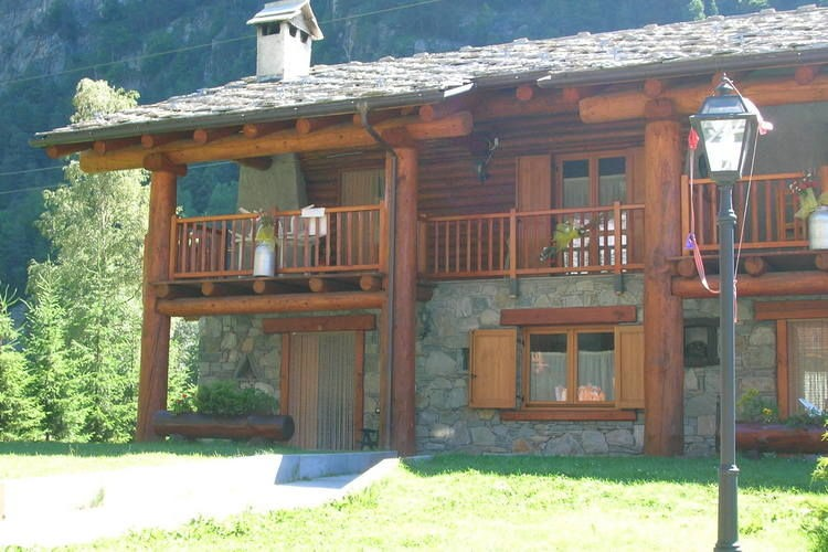 Apartment for Rent in Antey St Andre - Aosta Valley Holiday Rentals