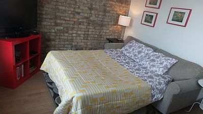 2 Units 1 Building Your Chicago Luxury Home Away from Home License #2314739