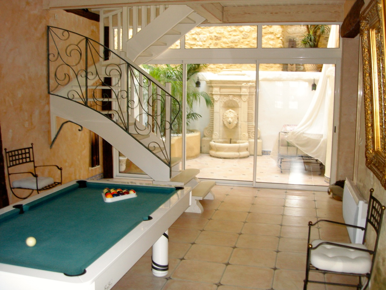ROMANTIC STYLISH VILLA, LOVELY PRIVATE POOL, HEART VILLAGE, A STEP FROM BEACHES