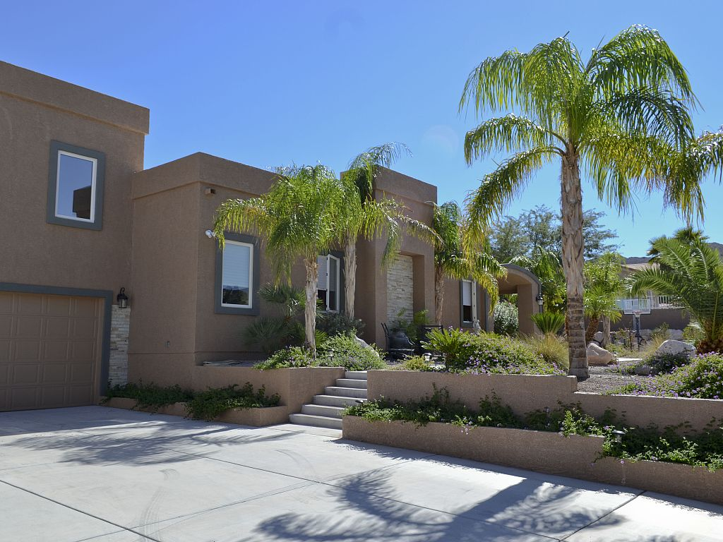 2BR/1BA with Amazing Views of Lake Mead and Minutes from Hoover Dam