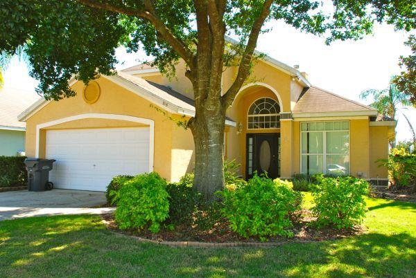 5 Bed Short Term Rental Villa Lake Davenport Estates
