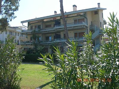 2 Bed Short Term Rental Apartment Pineto
