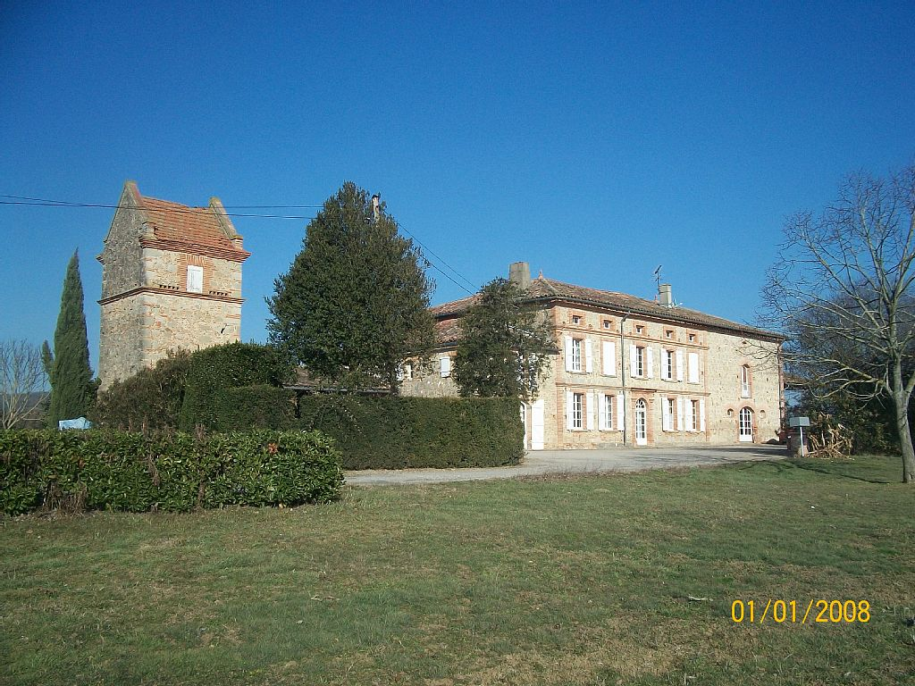 Accommodation in Nature Near Toulouse