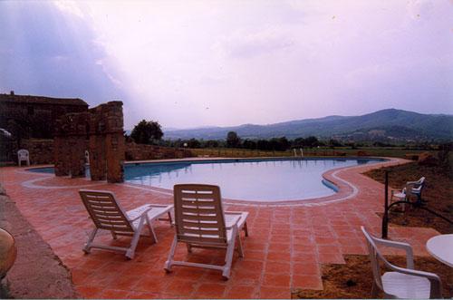 6 Bed Short Term Rental Apartment Montevarchi