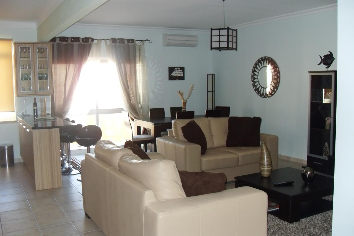 3 Bed Short Term Rental Apartment Armacao de Pera