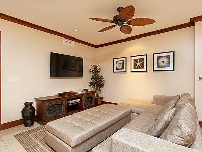 Luxury beach apartment at Ko Olina with modern amenities