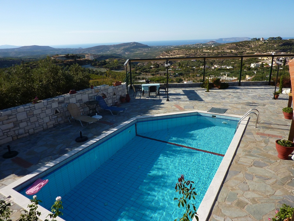 6 Bed Short Term Rental Villa Episkopi