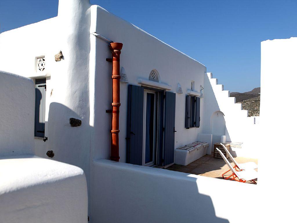 3 Bed Short Term Rental Villa Tinos
