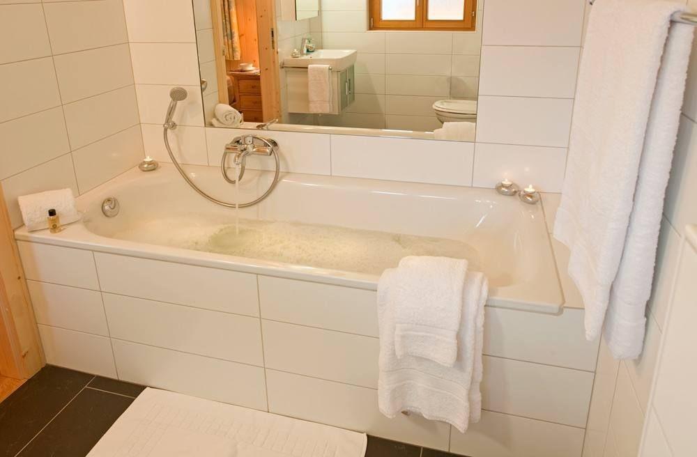 La Tzoumaz vacation rental with Bath Tub