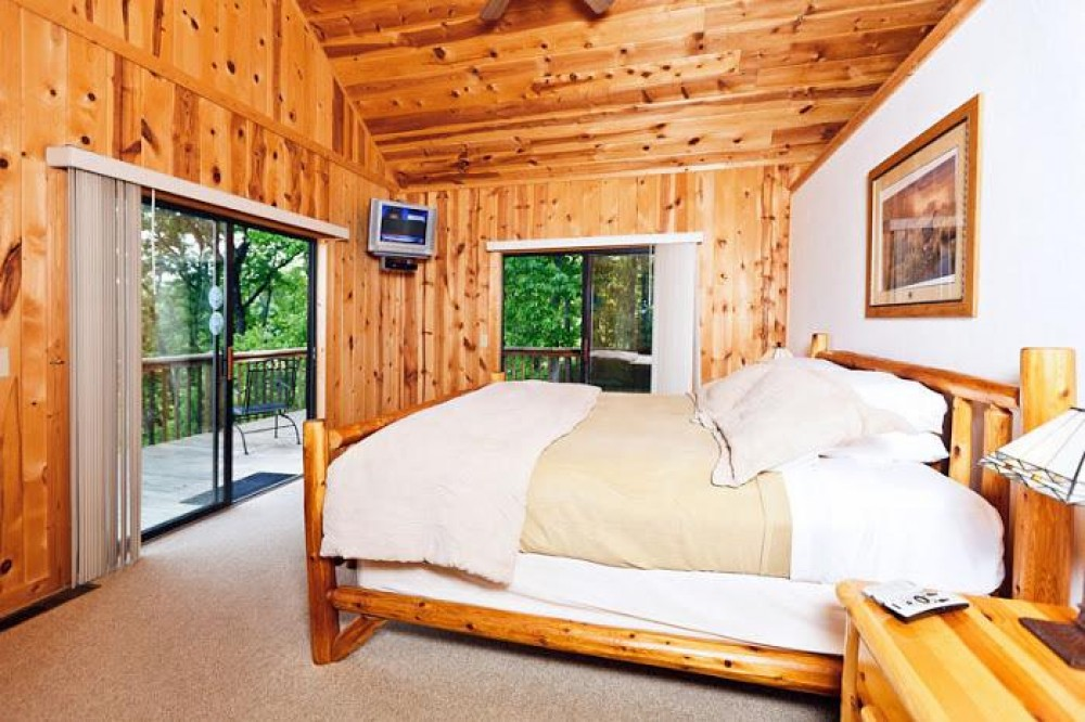Beautiful Cabin, Peaceful, Romantic and Private