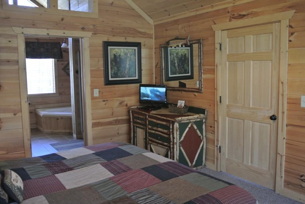 Bedroom with en-suite helen vacation home