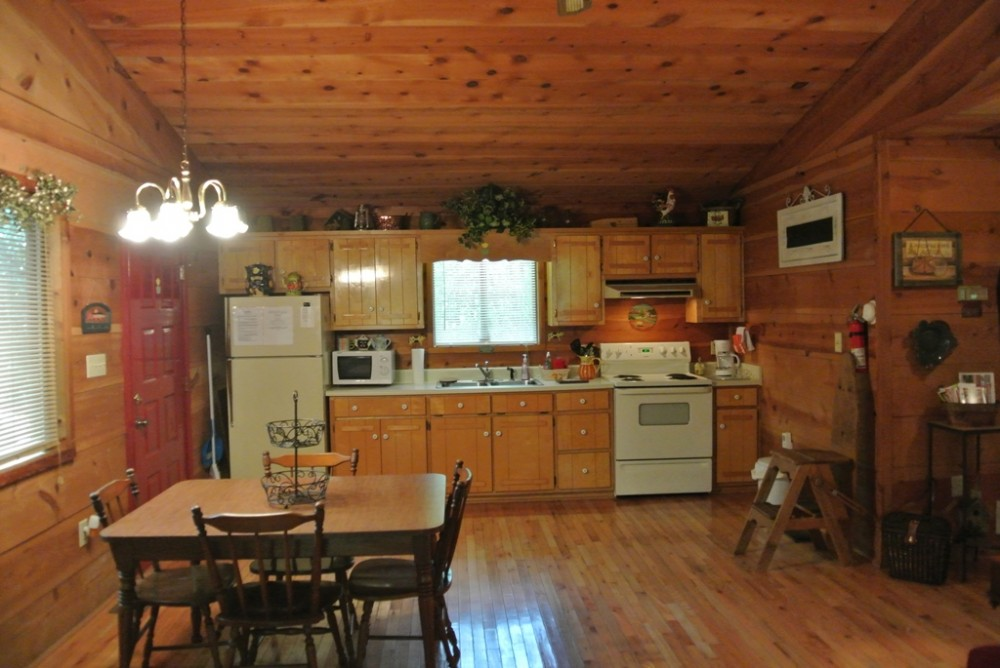 A Private Stay for Small Families in Helen!