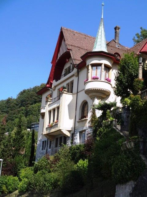5 Bed Short Term Rental Accommodation Montreux