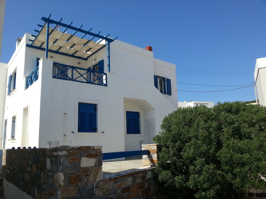 2 Bed Short Term Rental House Syros