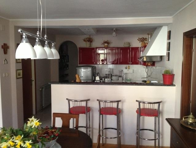 2 Bed Short Term Rental Apartment Montovjerna