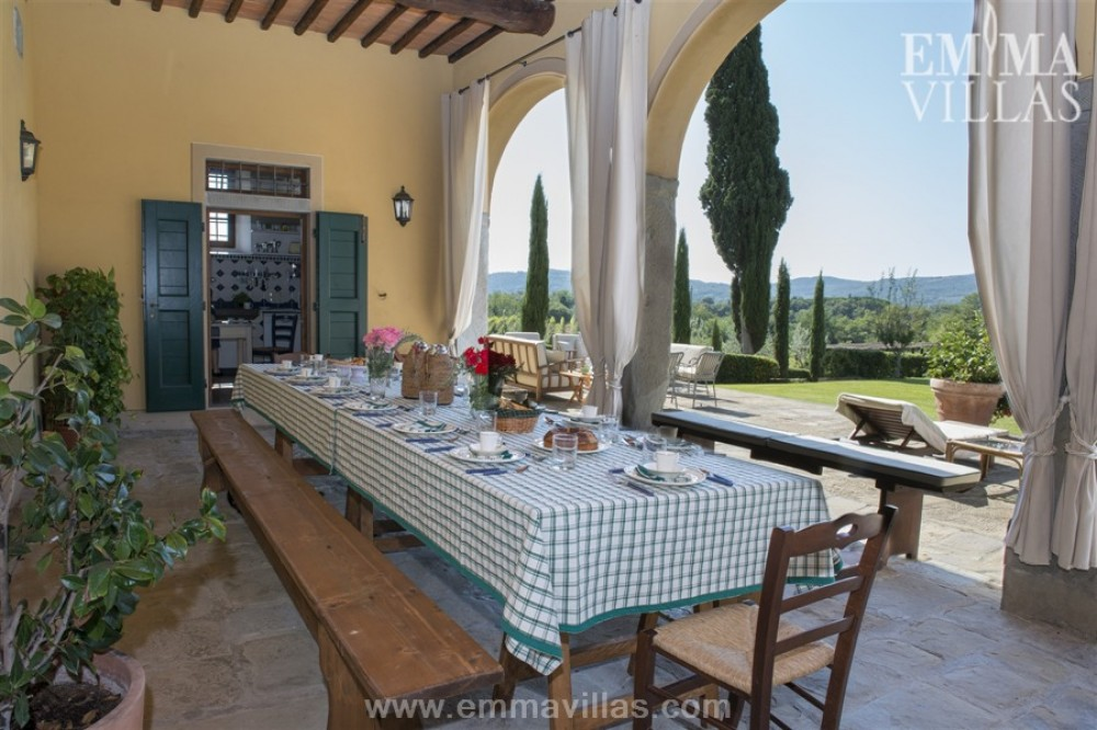 Laterina vacation rental with