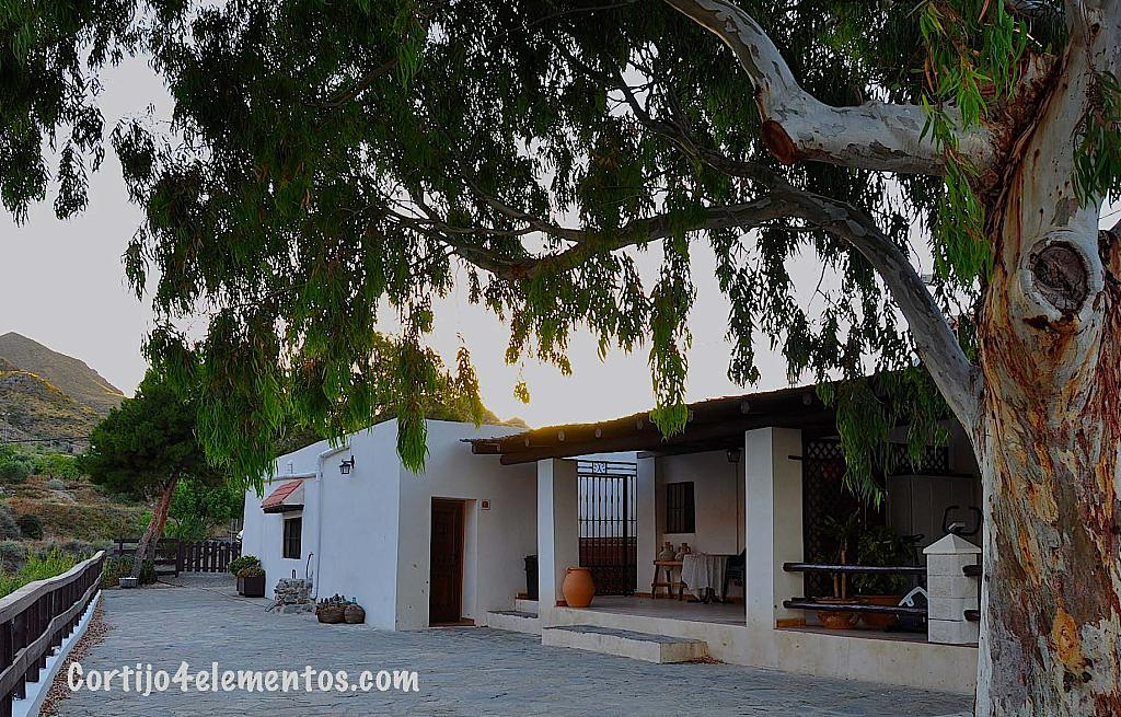 4 Bed Short Term Rental Cottage Almeria area