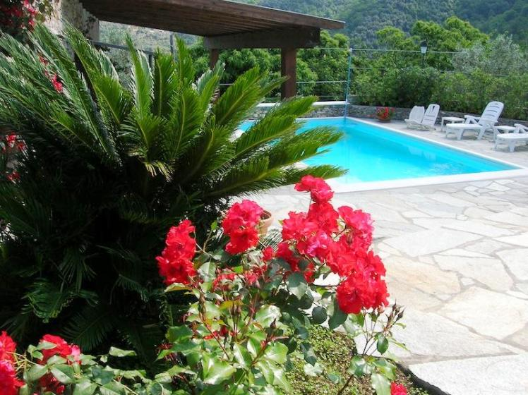 4 Bed Short Term Rental Villa Recco