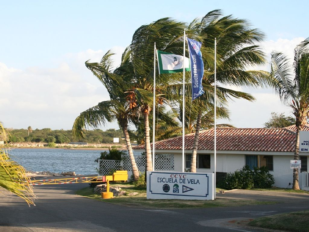 Beautiful B&B with 8 Bedrooms with Bathroom Close to the Marina Casa De Campo