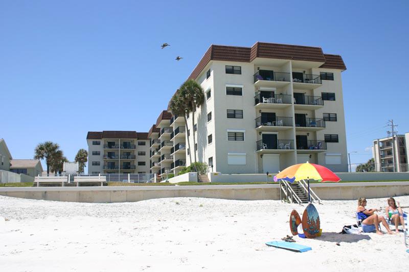 2 Bed Short Term Rental Condo new smyrna beach