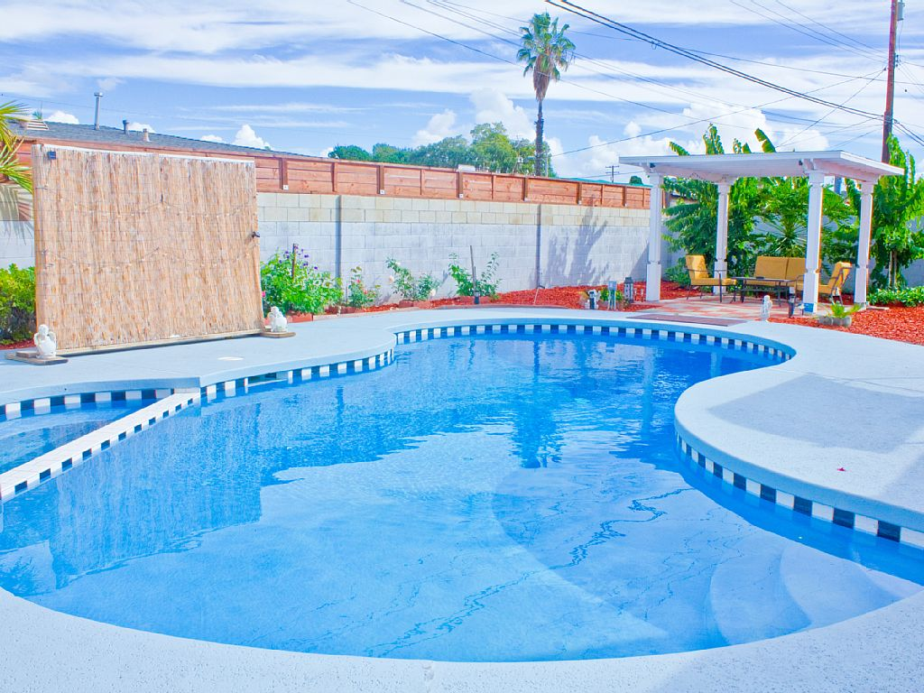3 Bed Short Term Rental House anaheim
