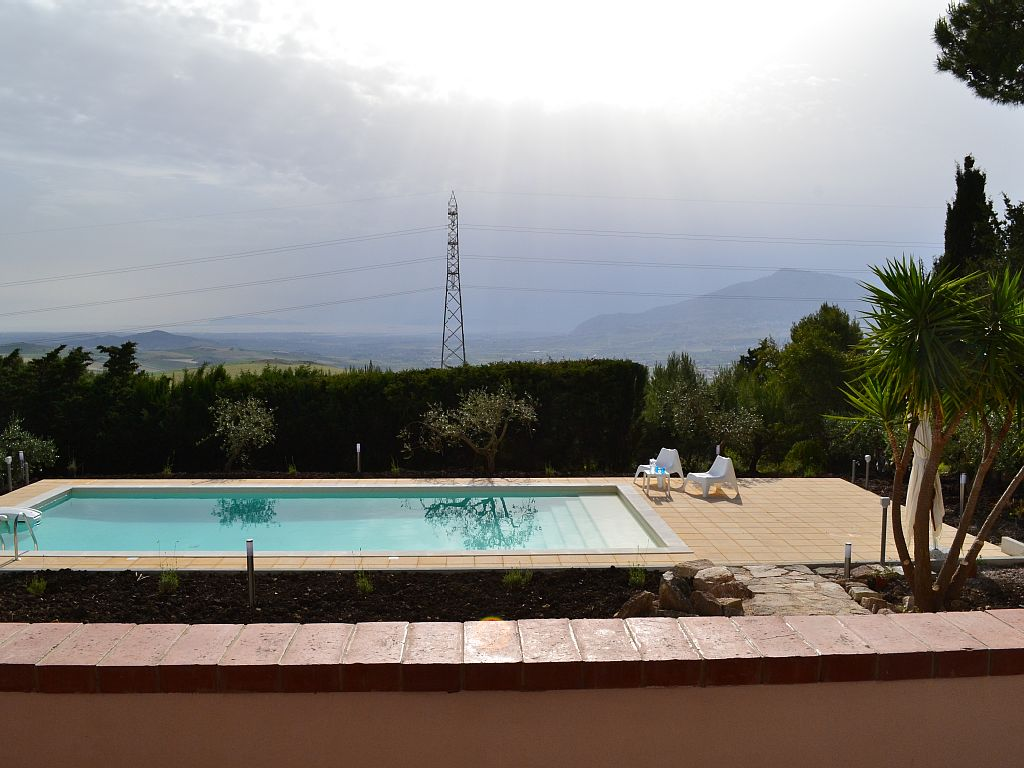 3 Bed Short Term Rental Villa Buseto Palizzolo
