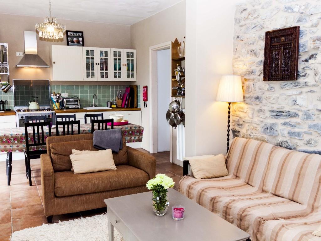 3 Bed Short Term Rental Villa Bagnone