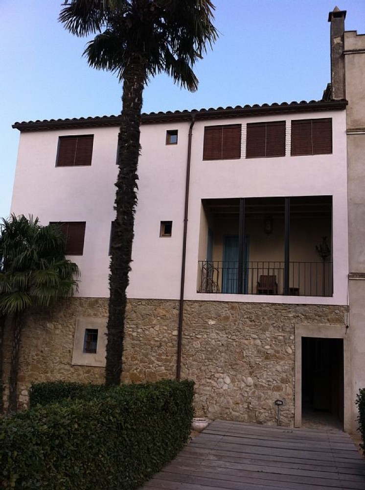 Girona vacation rental with Ca la Maria