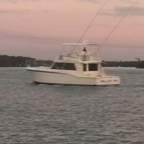 GLAMPING ABOARD A HATTERAS SPORTFISHING YACHT AT THE DOCK OR ANCHORED OUT!