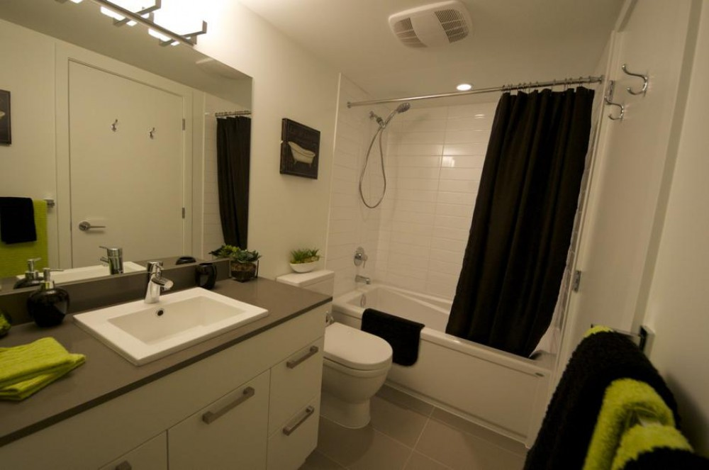 Victoria British Columbia vacation rental with Bath room