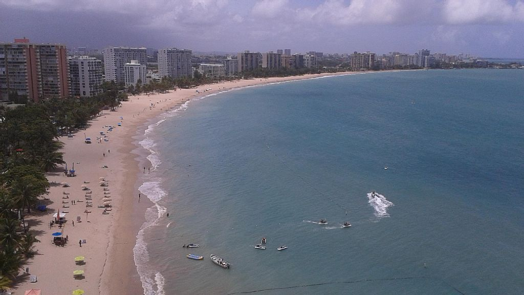 2 Bed Short Term Rental Apartment Isla Verde