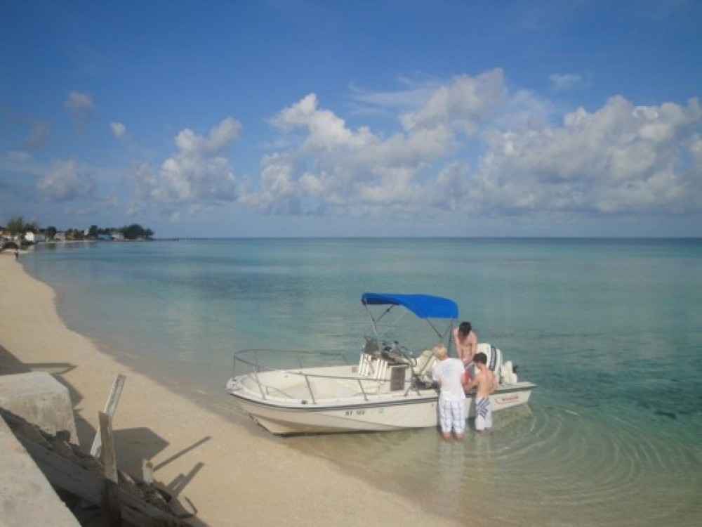 Tarpum Bay vacation rental with