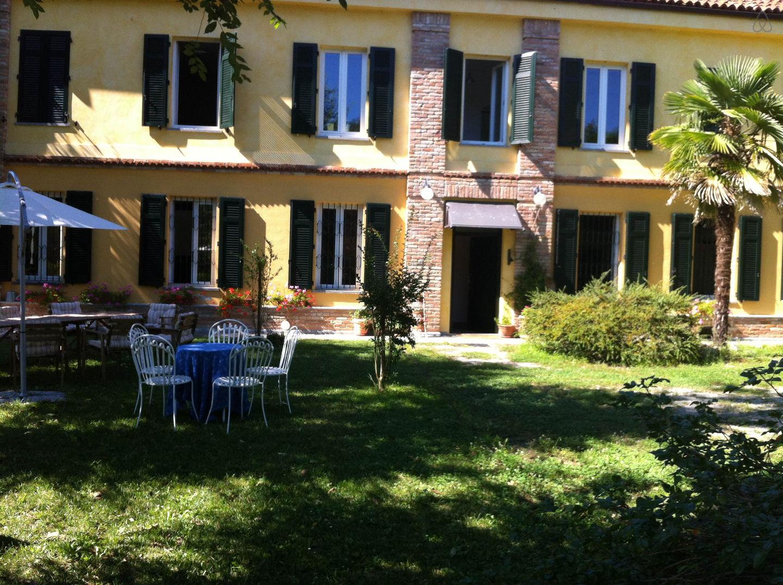 Countryfarm house Langhe Monferrato