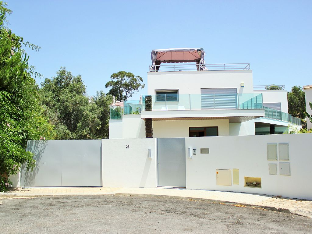 5 Bed Short Term Rental Villa Quinta Do Paraiso