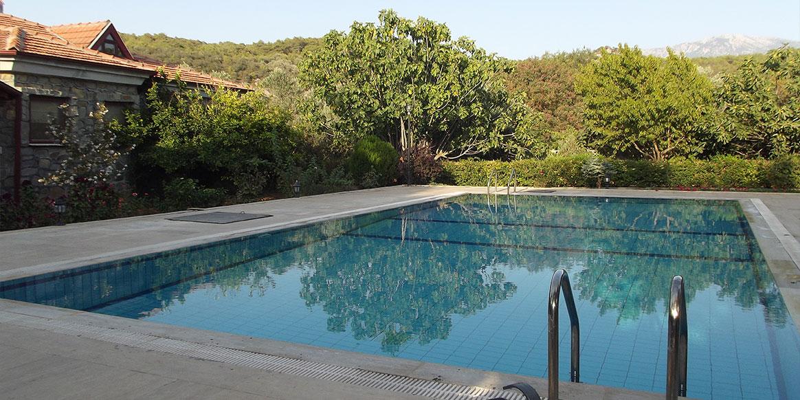 3 Bed Short Term Rental Villa Kaya Village