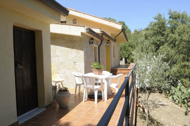 2 Bed Short Term Rental Accommodation Castelbuono