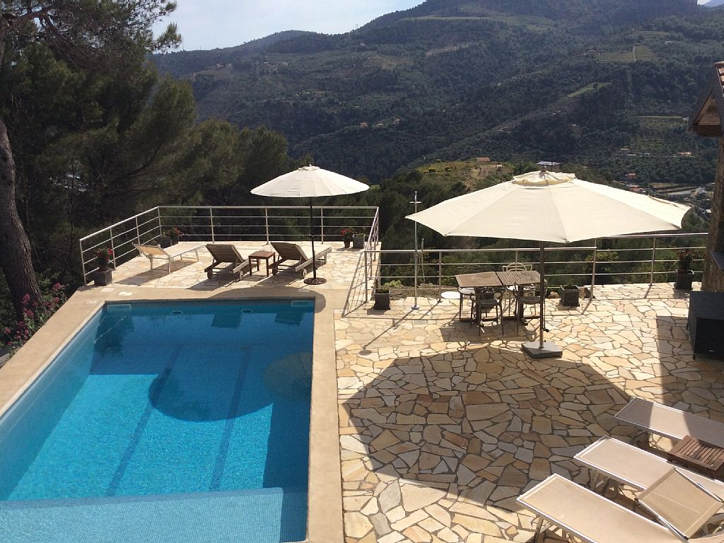4 Bed Short Term Rental Villa Dolceacqua
