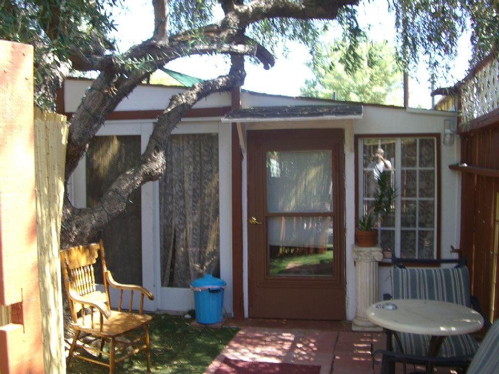 1 Bed Short Term Rental Cabin woodland hills