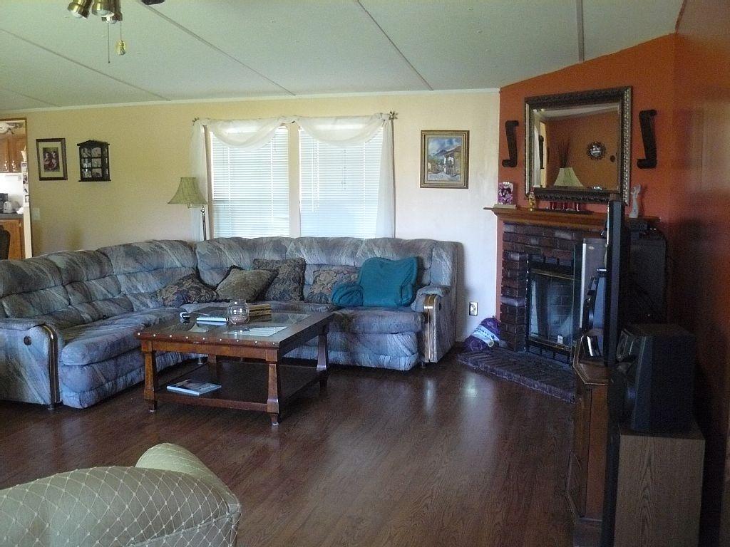 3 Bedroom 2 Bath Mobile Home - Summerfield Vacation Rentals